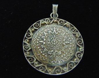 Vintage Estate .925 Sterling Silver Mayan Aztec Calendar Pendant 13.7g #E2854