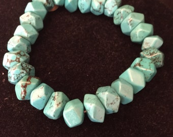 "8"" Chunky Real Turquoise Beaded Bracelet"
