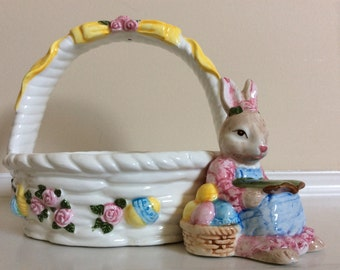 A Cute! Easter Basket with a Bunny Rabbit on the side, Fitz & Floyd