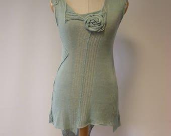 Summer asymmetrical mint linen top, M size.