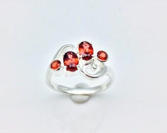 Garnet Ring // 925 Sterling Silver // Multi- Stone Setting // Natural Garnet Ring