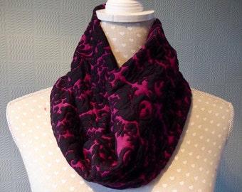 Gothic snood, Black and purple snood scarf, cowl loop scarf in purple and black