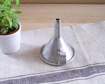 Aluminum kitchen funnel | Diameter: 3.3
