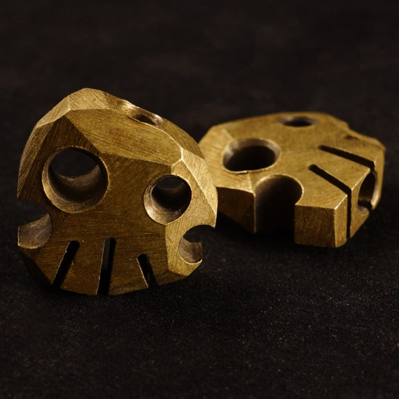 Brass Skully Bead / coin, jewelry, skull, keychain