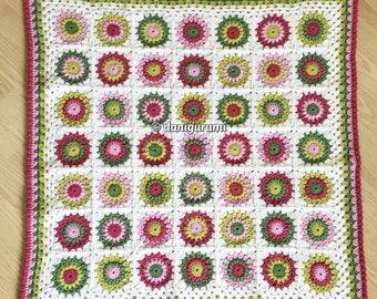 Crochet baby blanket sunburst granny squares pink/green