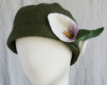 Cloche Hat in Green Wool w/Calla Lilies - Wool Felt Cloche - Wool Hat - Flower Cloche - Helen of Troy - Calla Lily