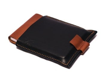 Leather Book Cover. Book refillable Cover. It is a  notebooks case, it's safe, elegant... This item is a ludena treasure. Leather handmade.
