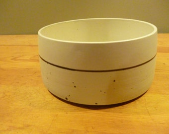 Dansk Bornholm Tan Speckled Large Serving Bowl
