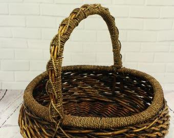 Vintage Wicker basket , newborn basket, newborn basket prop