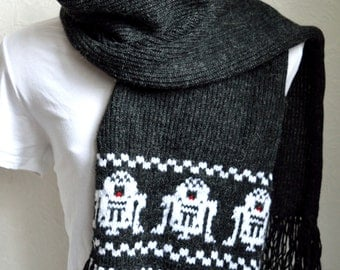 Hand knitted unisex ''Star wars'' scarf