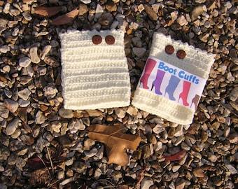 Boot Cuffs in Off White Crochet, Women's Boot Socks Cuffs, Cream Button Boot Cuffs, Leg Warmers - READY TO SHIP