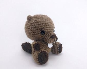 PATTERN: Crochet beaver pattern - amigurumi beaver - woodland animal - crocheted beaver - PDF crochet pattern