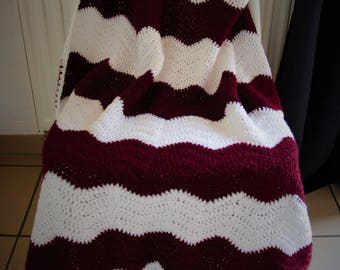 White and Bordeaux crochet blanket