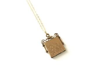 Antique Victorian Gold Filled C.Q. & R. Co Fob Locket