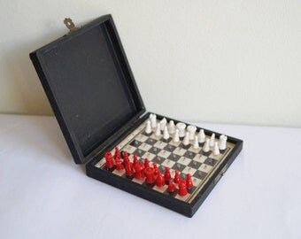 Travel Chess Set Small Chess Compact Chess Pin Chess Pieces Pocket Chess