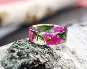 nature rings, nature inspired rings,  resin ring flower, resin ring , eco resin, eco resin ring,eco flower,  flower ring, terrarium ring