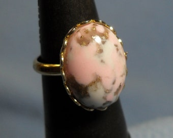 Pink Glass Cabochon marbled with Gold & White, Golden, Adjustable Ring
