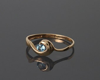 Solitaire ring, Topaz ring, Gold solitaire ring, Gold topaz ring, Birthstone ring, Gemstone ring, Blue topaz ring, Rose gold ring