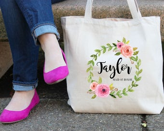 Maid of Honor Gift, Wedding Tote Floral Wreath Monogram Tote Bag, Matron of honor, Name tote, Maid of honor Tote Bag, Custom Floral Tote Bag