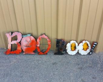 Halloween metal  BOO sign