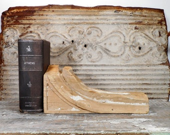 Primitive Wood Corbel Bracket, Antique Architectural Salvage Wood