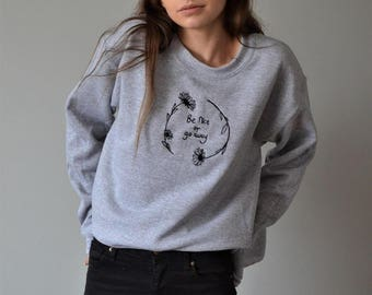 Embroidered Be nice or go away daisy grey sweater