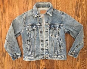 Vintage 70s Levi's Light Wash Distressed Denim Jacket - Levi's Jean Jacket - Levi's Light Wash Denim Jacket - S/M