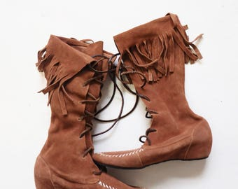 Vintage Leather Fringe Brown Leather Moccasin Hunting Boots, Lace Up Fringe Boots, Boho, Native, Suede Boot, Mid Calf Boot, Tribal, Festival