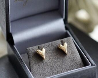 Gold Heart Stud Earrings, dainty gold studs, rose gold heart studs, gold heart jewellery, 9ct gold heart earrings, love heart earrings, UK,