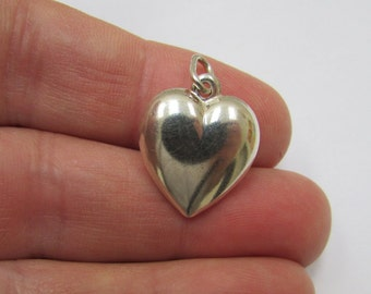 Large Puffed Sterling Silver Heart Pendant, Romantic Silver Heart Charm for necklaces, bracelets, earrings, Wholesale Charms, 925 Silver