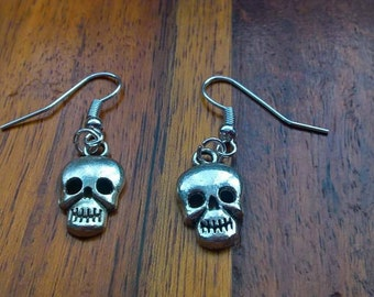 mini skull earrings, goth girl, fashion earrings, fashion jewelry, stocking fillers, handmade, gifts, cyber monday, black friday