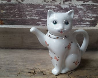 Cat teapot vintage, small white porcelain cat teapot, kitty teapot