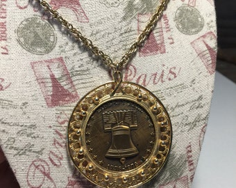 Liberty Bell Coin Necklace, Large Coin Pendant with Long Chain, 1779-1976 BiCentennial USA Eagle, Flags, Vintage Liberty Bell Necklace