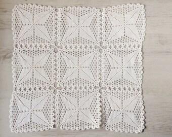 White square crochet doily Italian vintage