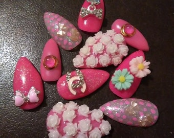 Pink Kawaii false nails bling