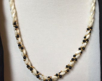 """Ivory, Black and Gold Beaded Necklace 22"""""""