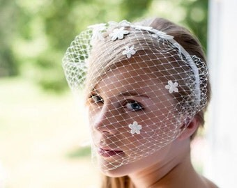 Tiffany - Romantic bridal birdcage veil, ivory,  adorned with lace flowers, a shiny ivory pearl is embroidered in the center of each flower