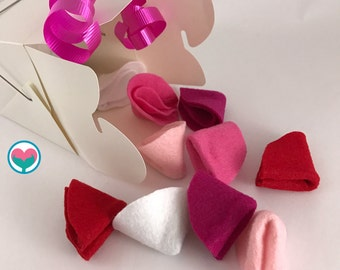 Valentine's Day Cookies, Felt Fortune Cookies, Felt Dessert, Valentine's Day Gift, Fortune Cookies, Red, White, Pink Box of 10 LARGE