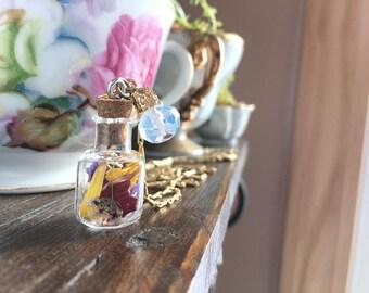 dried flowers in a bottle/cork bottle pendant necklace/flowers/dainty glass/