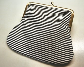 Clutch Purse Stripes Kiss Lock Pouch