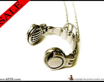 Folding Headphone Necklace,Headphone Pendant,Music Lover Gift,Music Headphone,DJ Gift,Large style Folding Headphone Pendant