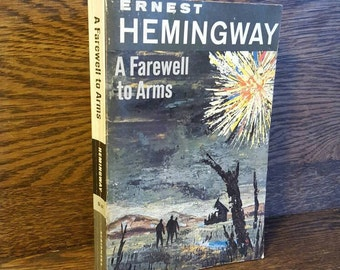 Vintage Ernest Hemingway Book- A Farewell to Arms- 1960's Paperback. Vintage Classic Books, Novel, WWI, Romance, Fiction. American Authors.