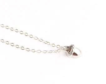 Silver Acorn Necklace, Acorn Necklace, Woodland Necklace, Tiny Acorn Necklace, Layering Necklace, Fall Jewelry, Fall Necklace, Gift for Her