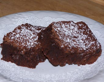 Classic Home Made CHOCOLATE BROWNIES Recipe with Pictures and Step-by-Step Instructions