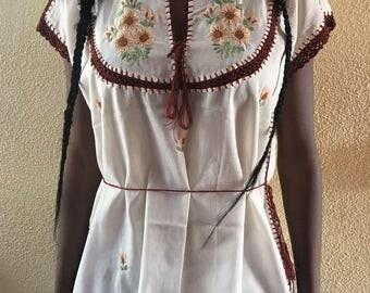 Vintage Crochet Detailed Blouse