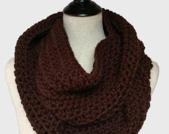 Brown crochet scarf, Chunky knit infinity scarf, bulky infinity scarf, brown circle scarf, gifts under 50, fashion gifts, ready to ship