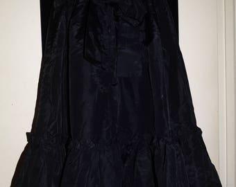 Vintage 1970's Jessica's Gunne Sax Gunnies Jeunes Filles Black Ruffled Taffeta Circle Skirt Mid Tie Back Victorian Revival Gothic XXS-XS-6