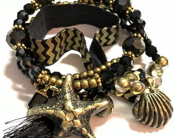 Starfish Seashell Jewelry Set, Stackable Bracelet Set, Goth Jewelry Gold, Starfish Charm Bracelet, Gothic Jewelry, Valentines Day Gift,