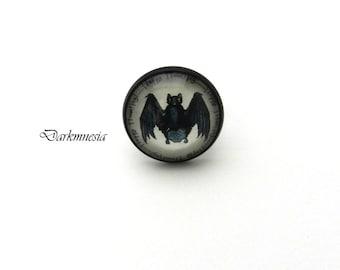 Ring, black, bat, vampire, cabochon, adjustable, dark, goth, gothic, halloween