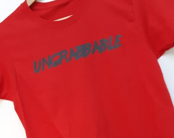 Ungrabbable Feminist Shirt!!! Anti-Trump 5 Dollar Discount!!!